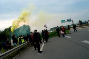 blockade1